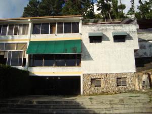 Casa En Venta En Caracas, Las Esmeraldas, Venezuela, VE RAH: 14-670