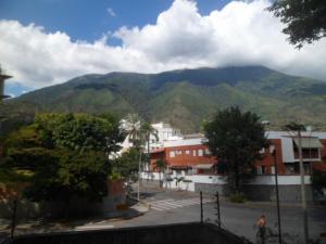 Apartamento En Venta En Caracas En La Castellana - Código: 14-906