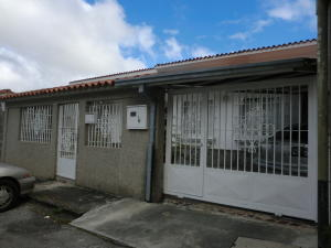 Casa En Ventaen San Antonio De Los Altos, Los Castores, Venezuela, VE RAH: 14-1077