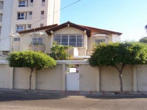 Casa En Venta En Maracaibo, Tierra Negra, Venezuela, VE RAH: 14-1193