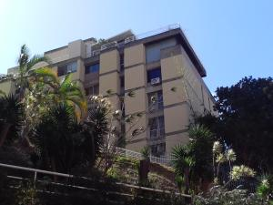 Apartamento En Ventaen Caracas, Colinas De Bello Monte, Venezuela, VE RAH: 14-1611