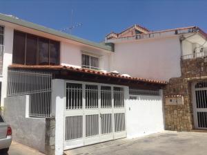 Casa En Venta En Caracas, Colinas De La California, Venezuela, VE RAH: 14-1838