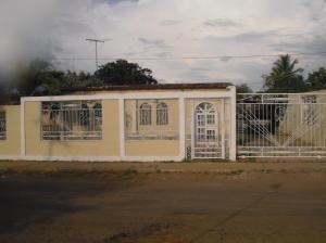 Casa En Venta En Ciudad Ojeda, Tia Juana, Venezuela, VE RAH: 13-8172