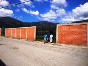Terreno En Ventaen Guatire, Valle Arriba, Venezuela, VE RAH: 14-1913