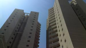 Apartamento En Venta En Maracaibo, Don Bosco, Venezuela, VE RAH: 14-1953