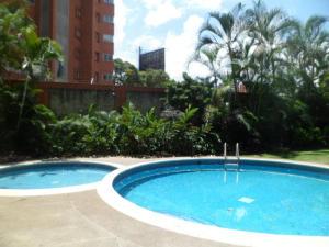 Apartamento En Venta En Caracas - El Rosal Código FLEX: 14-2423 No.11