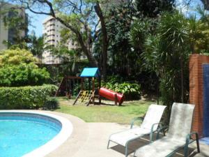 Apartamento En Venta En Caracas - El Rosal Código FLEX: 14-2423 No.16