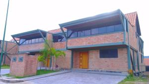 Casa En Venta En Caracas, El Hatillo, Venezuela, VE RAH: 14-2472