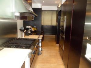 Apartamento En Venta En Caracas - El Rosal Código FLEX: 14-2423 No.4
