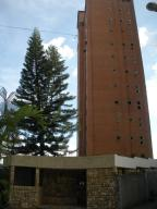 Apartamento En Venta En Caracas, Colinas De Santa Monica, Venezuela, VE RAH: 13-5393