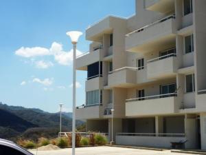 Apartamento En Venta En Caracas, Bosques De La Lagunita, Venezuela, VE RAH: 14-3764