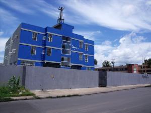 Edificio En Ventaen Ciudad Bolivar, Paseo Heres, Venezuela, VE RAH: 14-2804