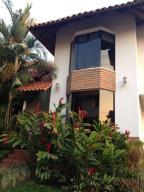 Casa En Venta En Barquisimeto, El Pedregal, Venezuela, VE RAH: 14-3569
