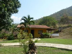 Terreno En Venta En Municipio San Diego, Las Morochas Ii, Venezuela, VE RAH: 14-3806