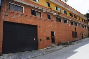 Galpon - Deposito En Venta En Caracas, Mariche, Venezuela, VE RAH: 14-3853