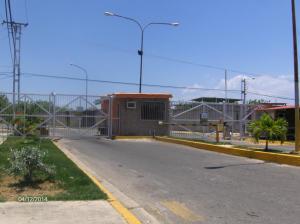 Casa En Venta En Guacara, Ciudad Alianza, Venezuela, VE RAH: 14-3913