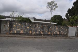 Casa En Venta En Caracas, Cumbres De Curumo, Venezuela, VE RAH: 14-3996