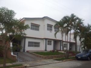 Casa En Venta En Valencia, Hato Royal, Venezuela, VE RAH: 14-4408