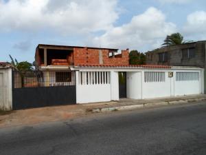 Casa En Venta En Municipio Marcano Juan Griego, Los Millanes, Venezuela, VE RAH: 14-3937