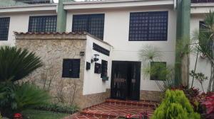 Townhouse En Venta En Caracas, Lomas De Monte Claro, Venezuela, VE RAH: 14-4413