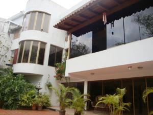 Casa En Venta En Caracas, Colinas Del Tamanaco, Venezuela, VE RAH: 14-4562