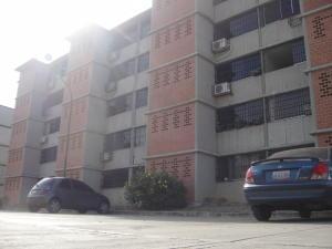 Apartamento En Ventaen Guarenas, Camino Real, Venezuela, VE RAH: 14-4594