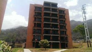 Apartamento En Venta En Valencia, Piedra Pintada, Venezuela, VE RAH: 14-4787