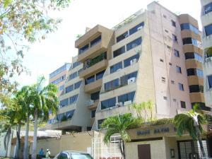 Apartamento En Venta En Margarita, El Paraiso, Venezuela, VE RAH: 14-5001