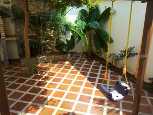 Townhouse En Venta En Maracaibo, Avenida Milagro Norte, Venezuela, VE RAH: 14-5071