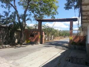 Terreno En Venta En Charallave, Mara Country, Venezuela, VE RAH: 14-5147