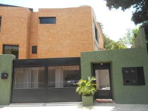 Townhouse En Venta En Caracas, Oripoto, Venezuela, VE RAH: 14-5240
