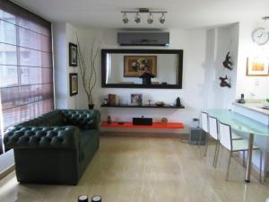 Apartamento En Venta En Caracas - La Tahona Código FLEX: 14-6456 No.3