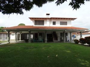 Casa En Ventaen Rio Chico, Las Mercedes De Paparo, Venezuela, VE RAH: 14-5635