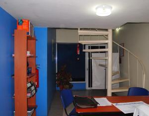 Oficina En Ventaen Maracaibo, Valle Claro, Venezuela, VE RAH: 14-5599