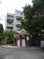 Apartamento En Venta En Caracas, Oripoto, Venezuela, VE RAH: 14-5953