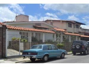 Casa En Venta En Caracas, Colinas De Vista Alegre, Venezuela, VE RAH: 14-6071