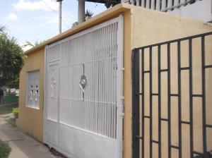 Casa En Venta En Municipio Naguanagua, Las Quintas, Venezuela, VE RAH: 14-6325