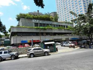 Local Comercial En Ventaen Caracas, Prado Humboldt, Venezuela, VE RAH: 14-6291