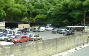 Terreno En Ventaen Caracas, Municipio Baruta, Venezuela, VE RAH: 14-6345