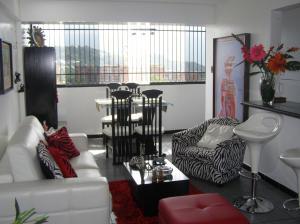 Apartamento En Venta En Caracas - Guaicay Código FLEX: 14-6685 No.4