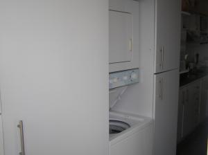 Apartamento En Venta En Caracas - Guaicay Código FLEX: 14-6685 No.9
