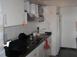 Apartamento En Venta En Caracas - Guaicay Código FLEX: 14-6685 No.7
