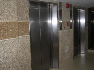 Apartamento En Venta En Caracas - Guaicay Código FLEX: 14-6685 No.2
