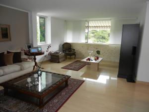 Apartamento En Venta En Caracas, San Roman, Venezuela, VE RAH: 14-6641