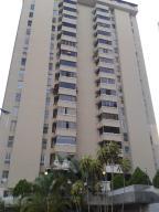 Apartamento En Venta En Caracas, Lomas De Prados Del Este, Venezuela, VE RAH: 14-6794