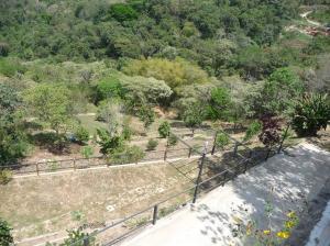 Terreno En Venta En Caracas, Sabaneta, Venezuela, VE RAH: 14-6757