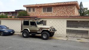 Casa En Venta En Caracas, Cumbres De Curumo, Venezuela, VE RAH: 14-7047