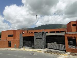 Townhouse En Venta En Caracas, Lomas De La Trinidad, Venezuela, VE RAH: 14-6848