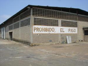 Galpon - Deposito En Alquileren Maracaibo, Kilometro 4, Venezuela, VE RAH: 14-6917