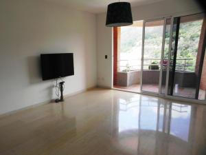 Apartamento En Venta En Caracas - Los Pomelos Código FLEX: 14-6929 No.1